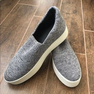 2b436981126c Vince Shoes - VINCE Walsh Knit Slip on sneakers Sz 9.5